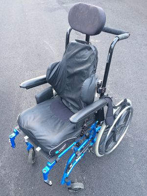 Tilting Wheelchair with removable Wheels for Home or Professional Use Cash Trade OBO