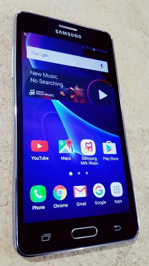 NEW UNLOCKED GALAXY ON 5 WITH FIVE INCH SCREEN TMOBILE ATT METRO CRICKET AND WORLD USE