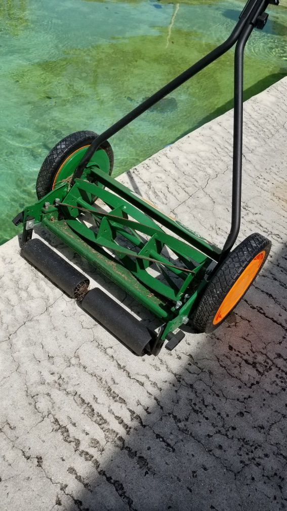 Push Lawn Mower (Home & Garden) in Tampa, FL - OfferUp