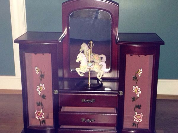 Vintage Bureau Top Carousel Jewelry Box Jewelry Accessories in