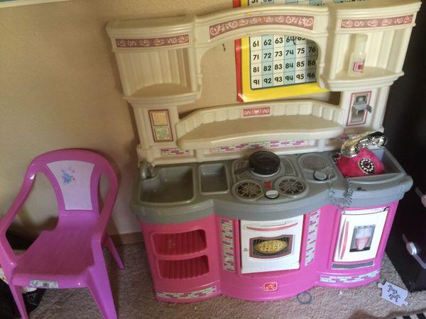 Kitchen set games toys in redmond wa for Kitchen set games