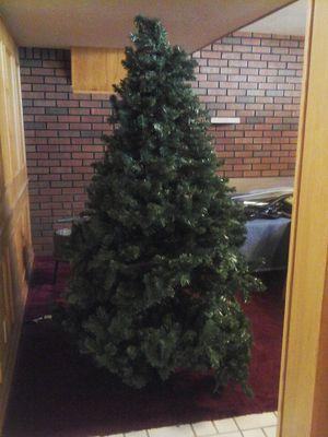 6 foot pre-lit Christmas Tree