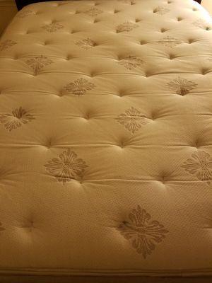 Sealy Posturepedic Pillow Top Queen Size Mattress