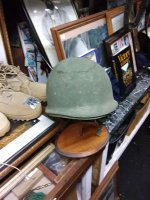 US Military Helmet with liner