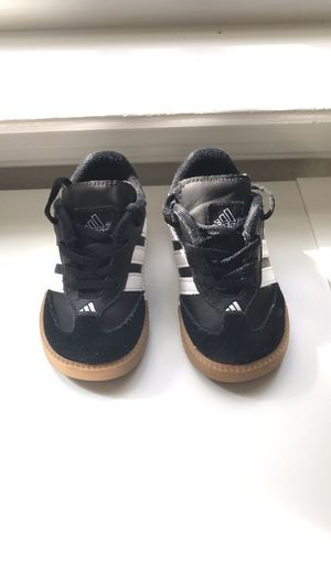 Toddler Adidas size 6