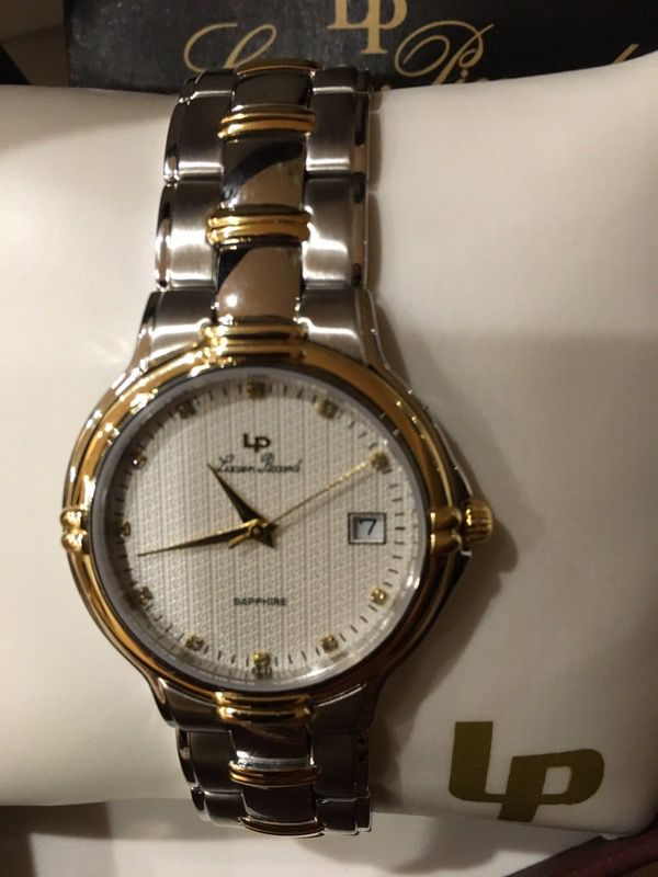 Ladies Watch Brand New In The Box Never Used Jewelry