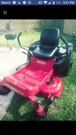 Craftsman good mower runs perfec size 42 Only used 23 hr.
