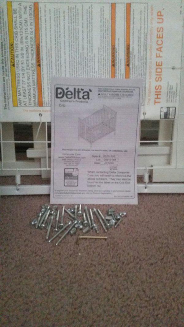 Standard White Delta Crib Furniture In Kent Wa Offerup