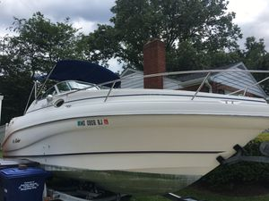 2000 Rinker Fiesta Vee 242 AS IS
