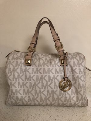 Michael Kors handbag ( Authentic)