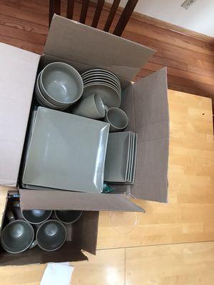 Olive green dinnerware