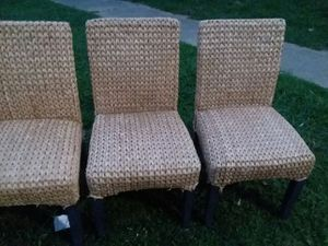 I am selling 5 chairs in good condition