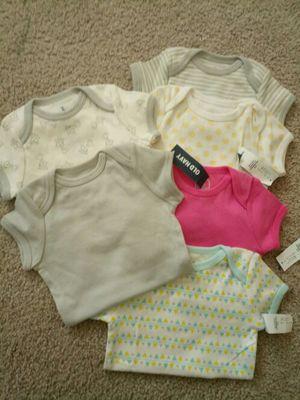 Lot of 6 Newborn Bodysuits