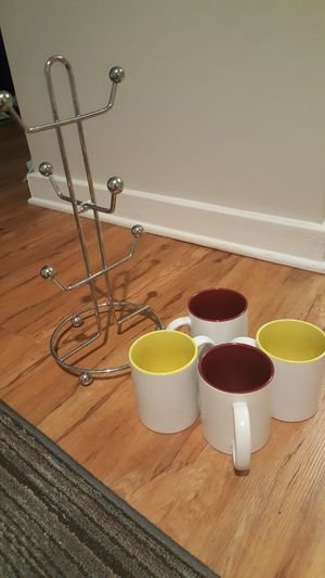 Mug holder and 4 mugs