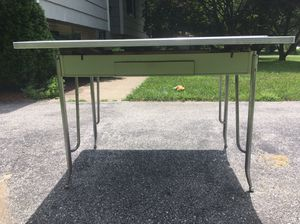 Vintage Mid Century 1950s/1960s Formica Table cracked ice