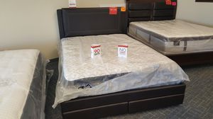 New Queen Contemporary Platform Bed