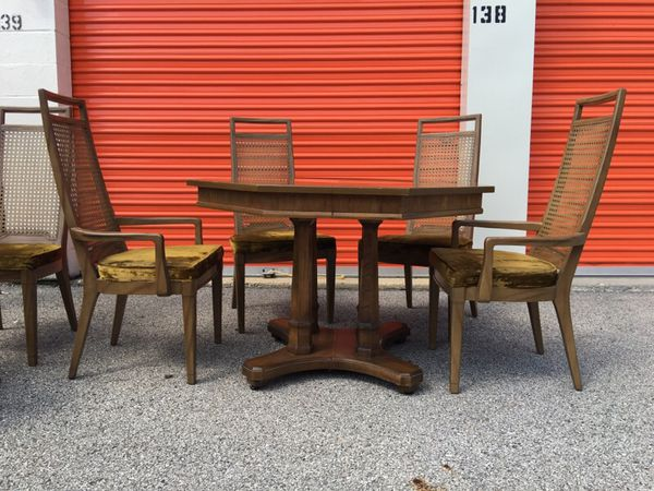 BEAUTIFUL VINTAGE DINING TABLE SET ELM RED LION CANE BACK FAB (Furniture) in Villa Park, IL ...