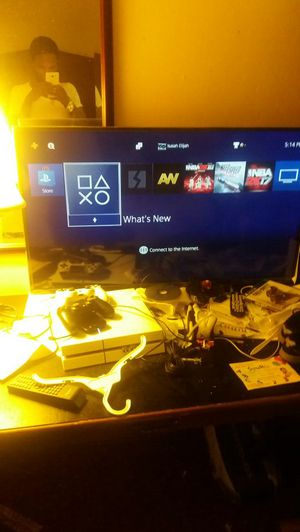 Hisense 42 Inch Flat Screen And White PlayStation 4 NEED GONE TODAY!!