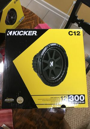 """2 Kicker 12"""" 300W(600W pair)Sub($100 for 1)($200 for 2)"""