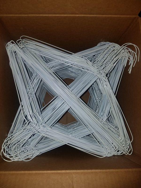 500 wire hangers (Business Equipment) in Las Vegas, NV