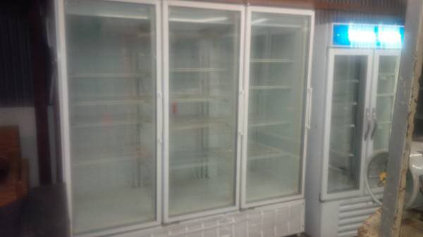 Masterbuilt commercial reach in 3 door glass freezer and masterbuilt commercial reach in 3 door glass freezer and refrigerator matching set business equipment in slidell la planetlyrics Choice Image