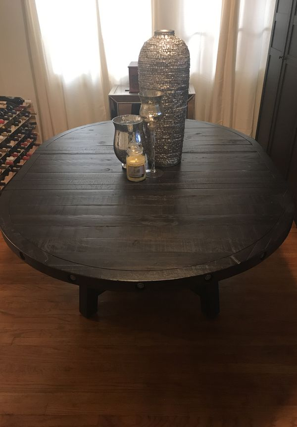 Jaxon Dining Room Table