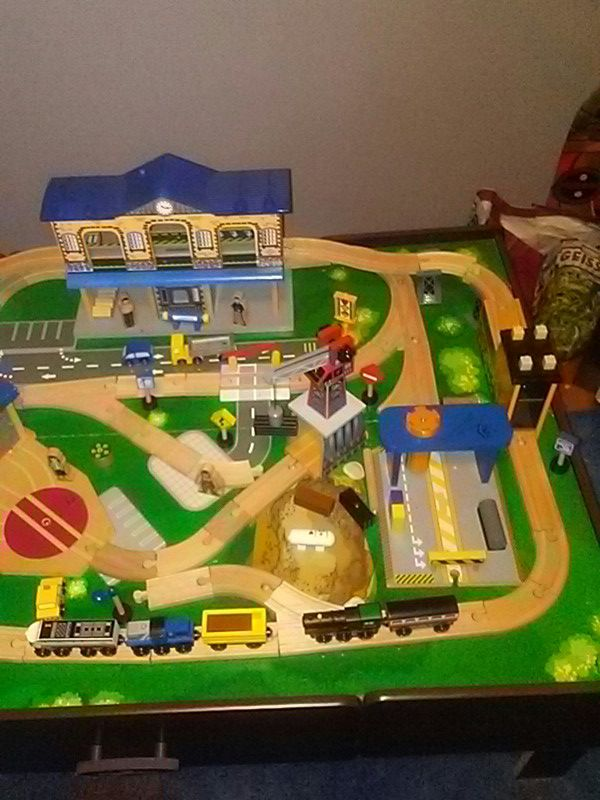 Imaginarium train table with instructions (General) in Suffield, CT