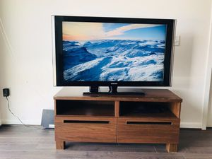 Samsung 52 tv with stand