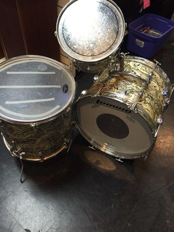 Vintage Japanese Drum 54