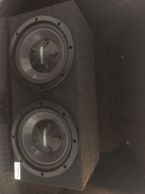 2 10 inch Subwoofer speakers with box and Amp for sale