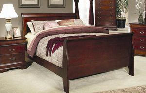 New In Box Queen Solid Wood Sleigh Bed