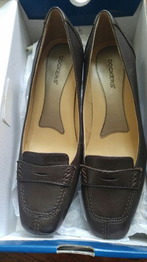 Brand new Dockers womens leather shoes