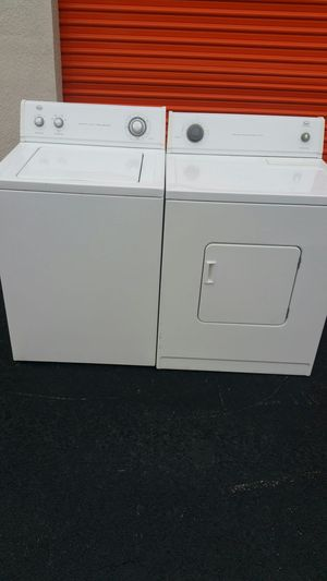 Set washer and Dryer Roper by Whirlpool
