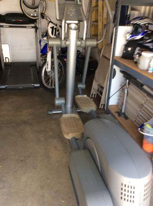 Life fitness elliptical machine 93xi