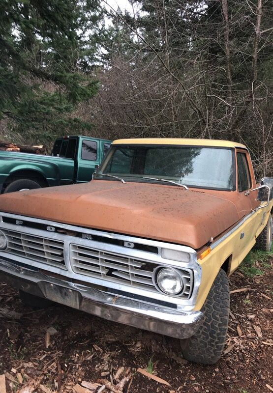73 ford four-wheel-drive f1 hundred (cars & trucks) in oregon city, or