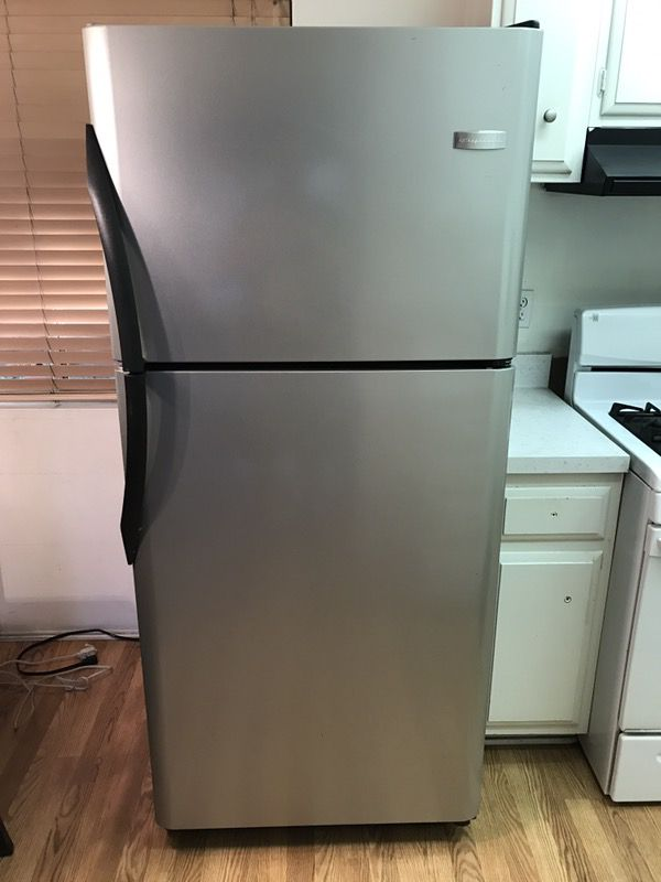 Apartment Size Refrigerators With Ice Maker - Best Apartment of ...