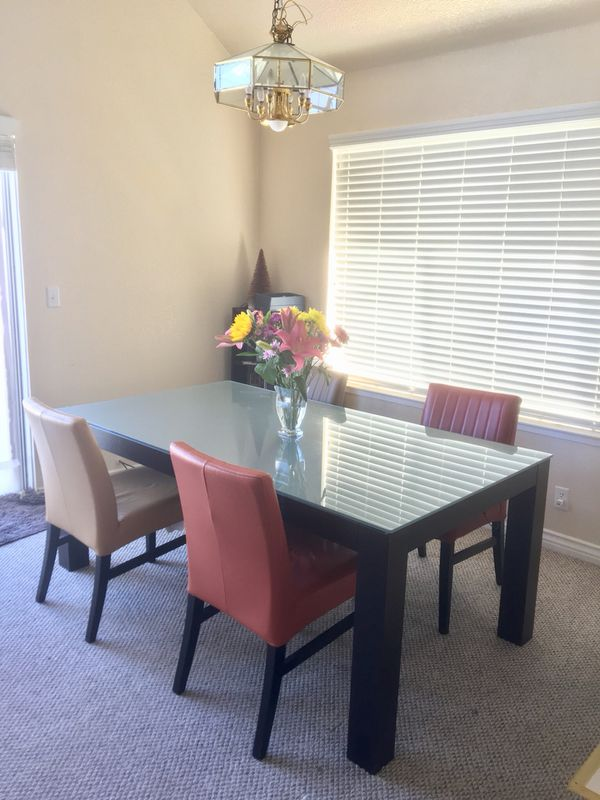 Glass Top Dining Table Furniture In South San Francisco Ca Offerup