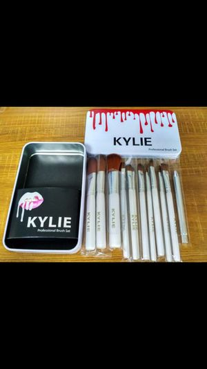 12pcs Kylie Makeup Brush Set