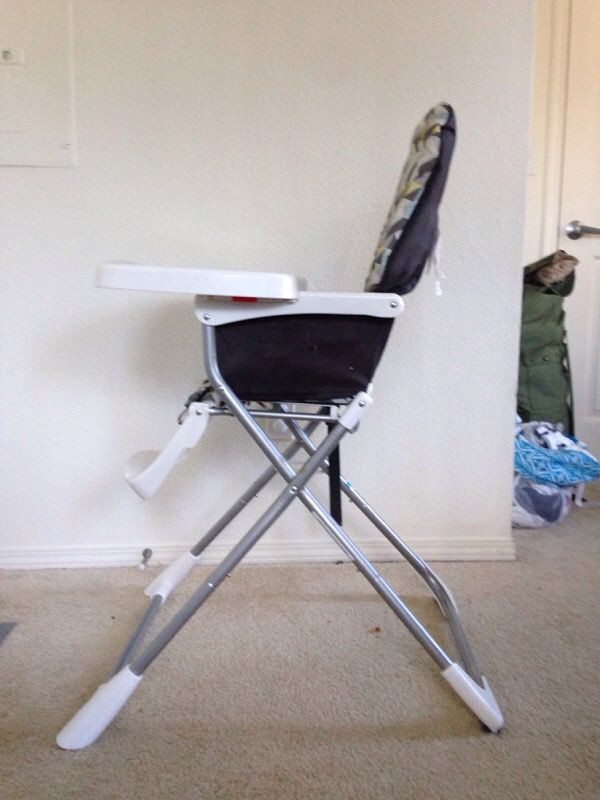 Evenflo pact Fold High Chair Baby & Kids in Bothell WA ferUp