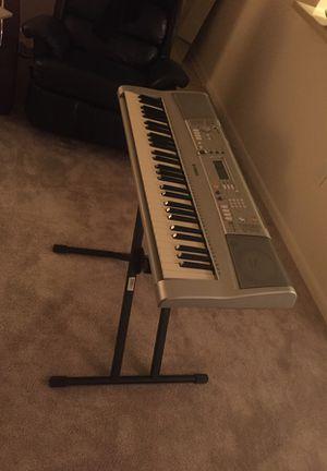 Yamaha Piano with stand 🎹