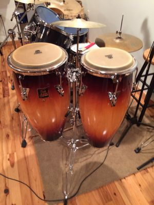 Set of 2 LP Aspire Congas in mint condition