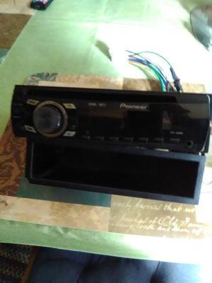 Pioneer CD radio for car