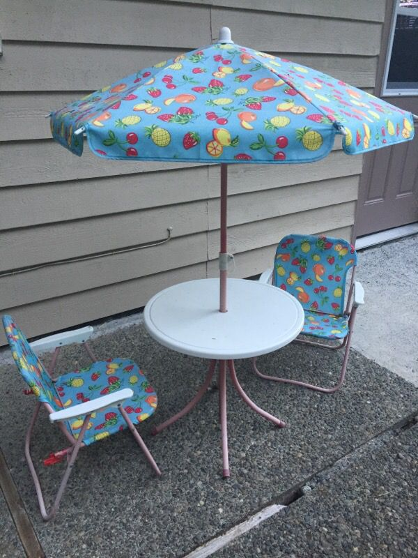 Outdoor Kids Patio set table chairs and umbrella Baby & Kids in Sammam