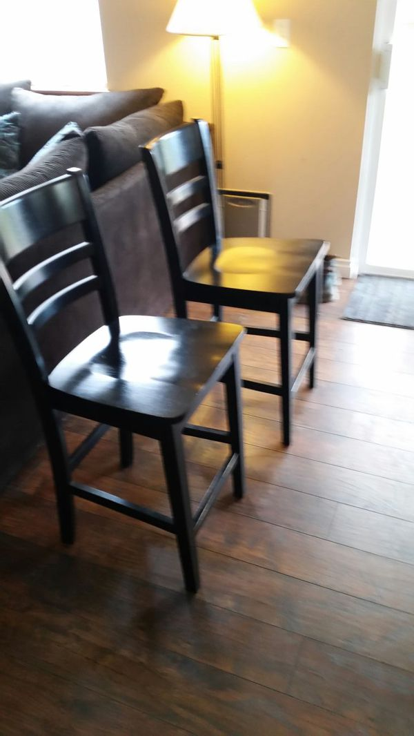 tall dining room table and 4 chairs furniture in