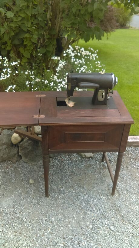 Vintage Sears And Roebuck Sewing Machine Table Furniture In Auburn Wa Offerup
