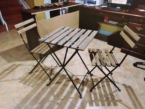 Outdoor/Indoor Table