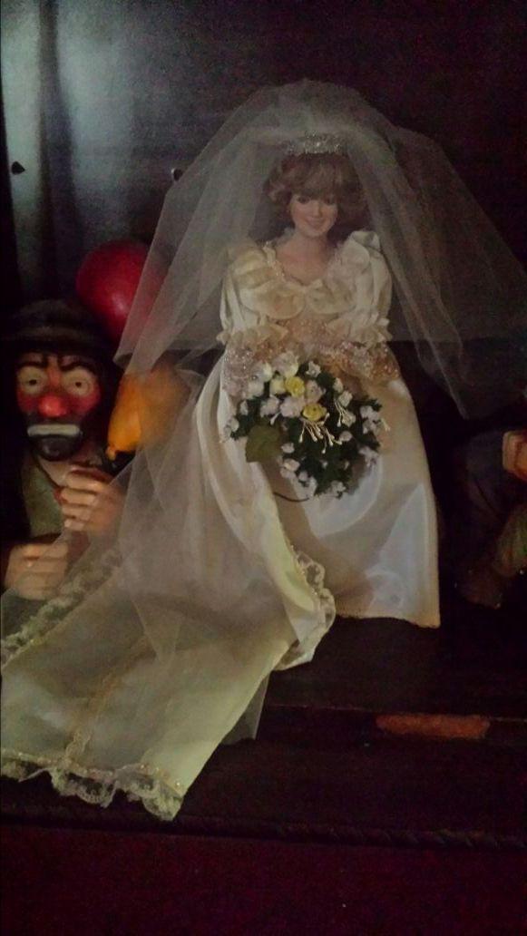 Princess Diana porcelain wedding doll (Collectibles) in Hayward, CA ...