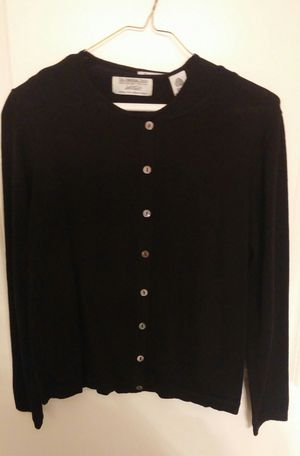 Lord And Taylor Women's 2 Piece Sweater Set/Black/Size PM