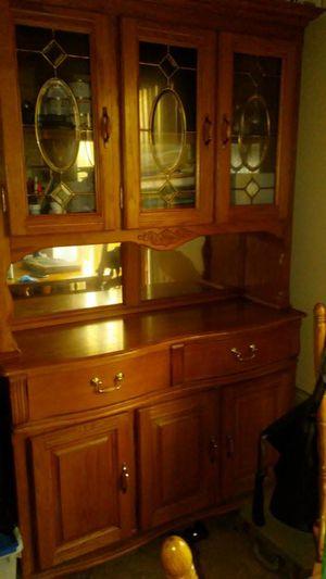 Oak China cabinet/hutch