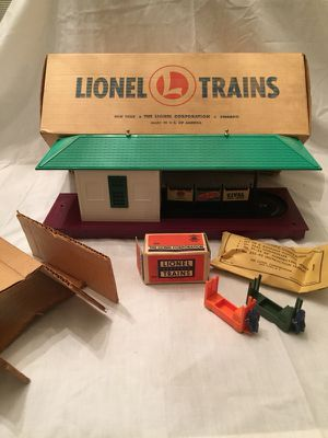 Lionel 356 Freight Station